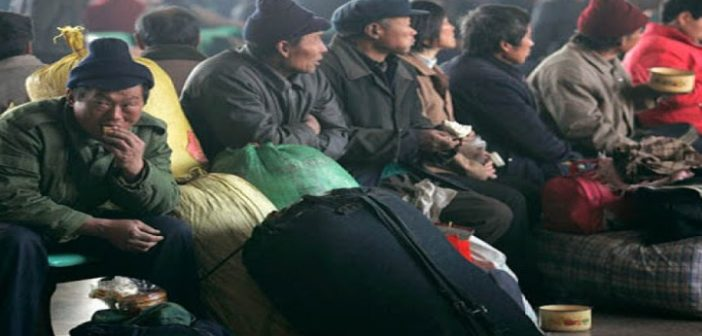China's poor migrant workers lose jobs, suffer discrimination due to coronavirus